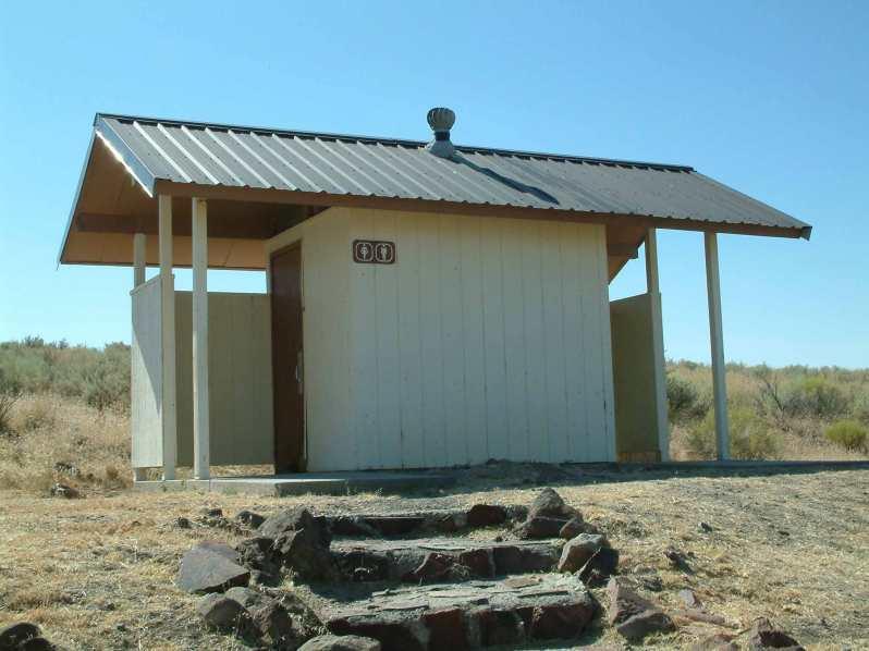 antelope_reservoir-toilet