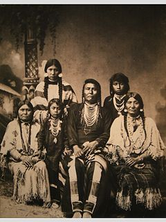 240px-chief_joseph_and_family